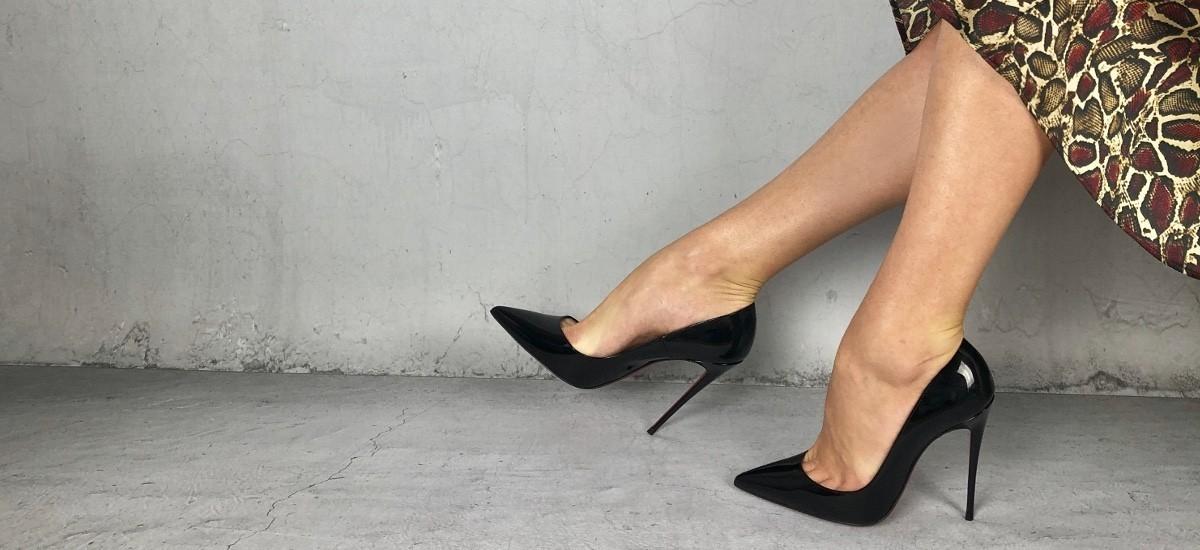Luksusowe szpilki na ważne okazje – jakie buty założyć wieczorem